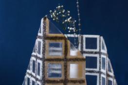 Pauline Kuntz -deco-vase-fleur-verrerie-verre-carreaux